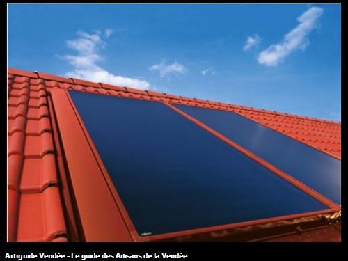 Chauffe-Eau Solaire Individuel : 2 capteurs solaires thermiques (4,8 m²) intégrés en toiture - marque : VIESSMANN