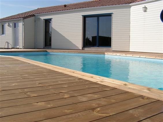 Maison ossature bois et terrasse